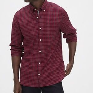 Gap red and gray gingham buttons down shirt L